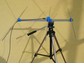 Ultraportable Yagi-Uda antenna for VHF/UHF