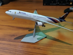 Model Airplane Stand (1:400 Scale )