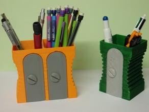 Pencil box / Pot a crayon