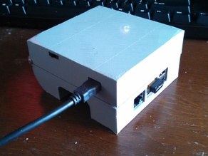 Hinged Raspberry Pi Case with LiIon Battery pack and power/charge circuit