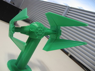 Star Wars TIE Interceptor - sliced to print without support, and with stand
