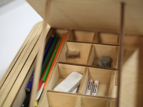 ANEW - ART STORAGE AND EASEL