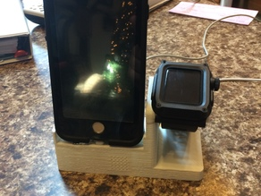 iPhone 6/7 Lifeproof stand with Apple Watch