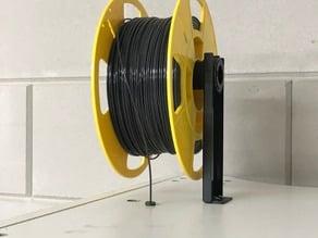 Filament guide for enclosure