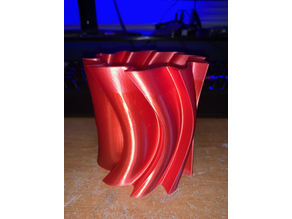 Curved Sawblade Vase / Pencil Holder