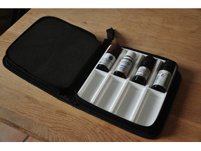 Boite voyage pour huiles essentielles / Travel case for oil essential