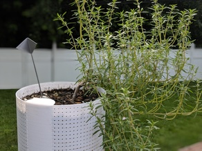 Mosquito-Proof Self Watering Planter