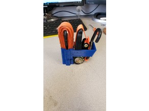 Ratchet strap neat storage